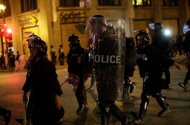 REUTERS/Joshua Lott.jpg