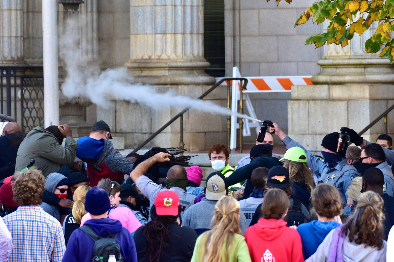 Other_tear gas_1031_NC.JPG