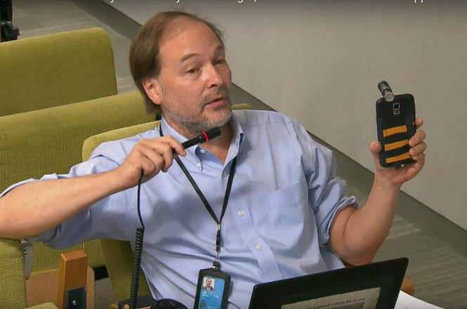 Matt Lee livestreaming at the UN